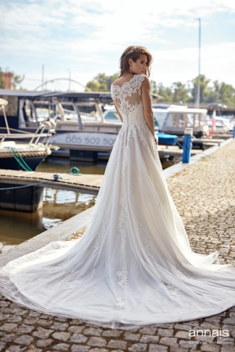 Einzigartig Brautmoden Backnang - Yuki back